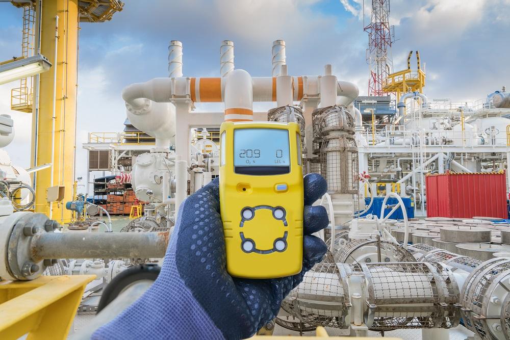 Индустрията може да постигне по-високи нива на безопасност и рентабилност