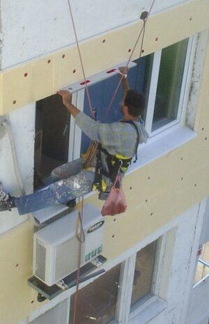 """Инж. Йордан Николов: """"Допуска се строителните фирми да ползват материали, които не гарантират 100% защита от пожар"""""""