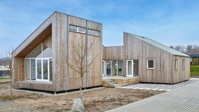 В Дания построиха къща от земеделски отпадъци