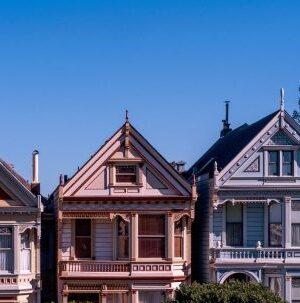 Мъск би харесал този стартъп: оценяване състоянието на покривите чрез сателити