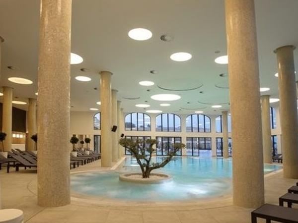 SPA център Aquahouse, Св.Св.Константин и Елена